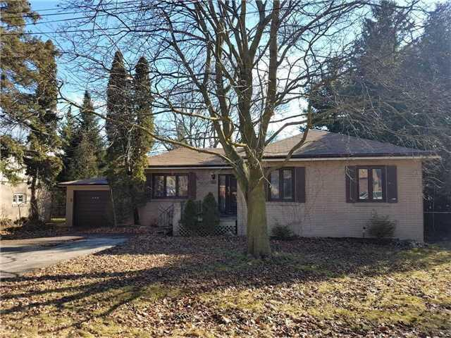 390 Kerrybrook Dr, Richmond Hill, ON L4C 3R1 (#N4129342) :: Beg Brothers Real Estate
