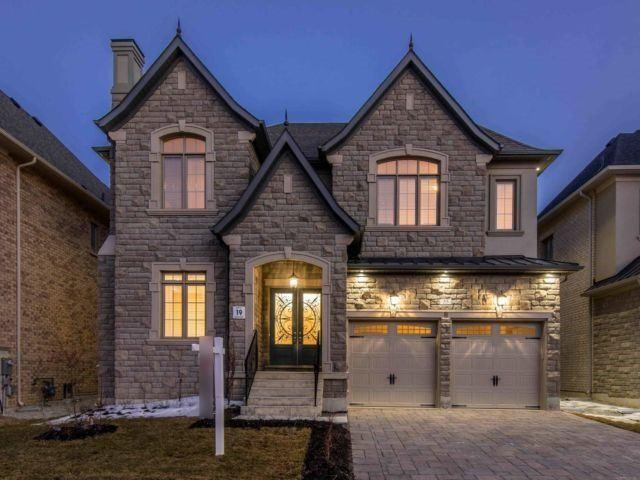 55 Glen Abbey Tr, Vaughan, ON L4H 3X7 (#N4130045) :: Beg Brothers Real Estate