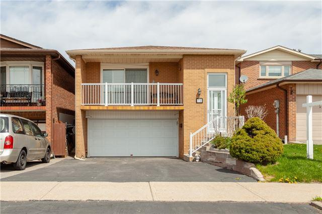 72 Aberdeen Ave, Vaughan, ON L4L 1C2 (#N4130171) :: Beg Brothers Real Estate