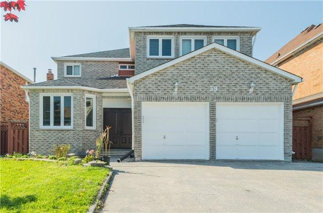 39 Fairty Dr, Markham, ON L3S 3A6 (#N4131844) :: Beg Brothers Real Estate