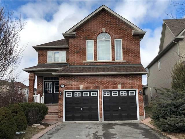 572 Mcbean Ave, Newmarket, ON L3X 2N5 (#N4132184) :: Beg Brothers Real Estate