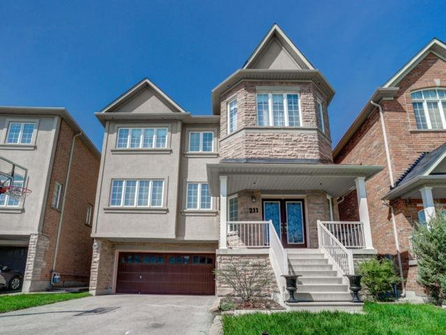 211 Woodspring Ave, Newmarket, ON L3X 3J4 (#N4132575) :: Beg Brothers Real Estate