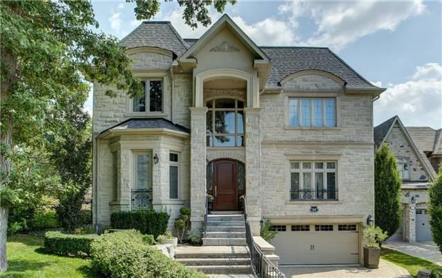 94 Old Surrey Lane, Richmond Hill, ON L4C 8S6 (#N4132715) :: Beg Brothers Real Estate