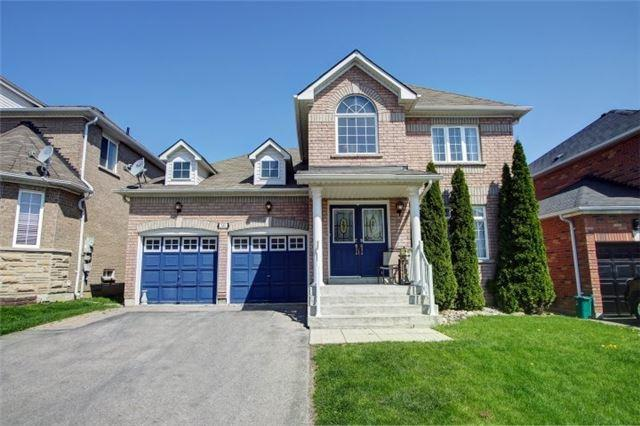 142 Flagstone Way, Newmarket, ON L3X 2Z8 (#N4132986) :: Beg Brothers Real Estate