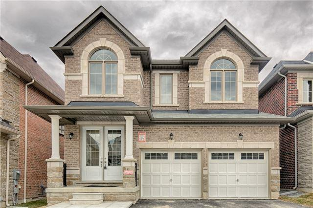 110 Holladay Dr, Aurora, ON L4G 7B7 (#N4133212) :: Beg Brothers Real Estate