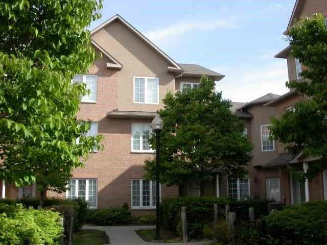 12 St Moritz Way #10, Markham, ON L3R 4E8 (#N4133660) :: RE/MAX Prime Properties
