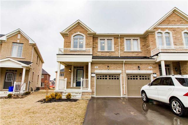 30 Sparks St, Aurora, ON L4G 0Z9 (#N4134075) :: Beg Brothers Real Estate