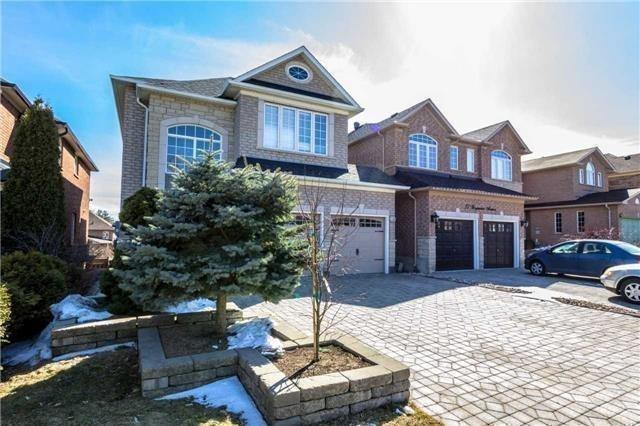 25 Waymount Ave, Richmond Hill, ON L4S 2G5 (#N4134116) :: Beg Brothers Real Estate