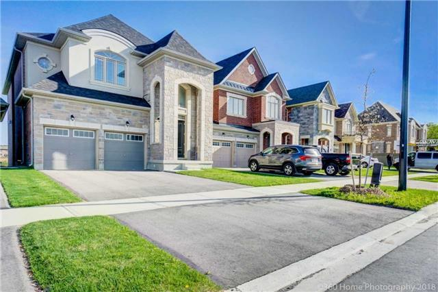 390 Hartwell Way, Aurora, ON L4G 0W5 (#N4134195) :: Beg Brothers Real Estate