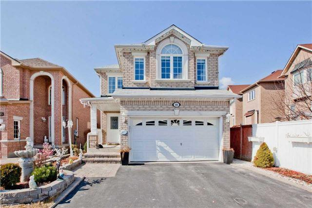 101 Holly Dr, Richmond Hill, ON L4S 2R6 (#N4134427) :: Beg Brothers Real Estate
