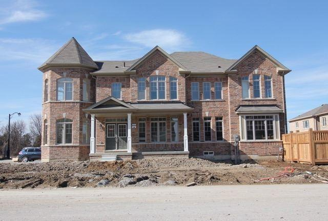 2 Bellefond St, Vaughan, ON L4H 4T9 (#N4134514) :: Beg Brothers Real Estate