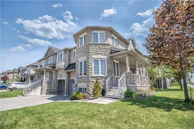 159 Bonshaw Ave, Newmarket, ON L3X 2X8 (#N4135280) :: Beg Brothers Real Estate