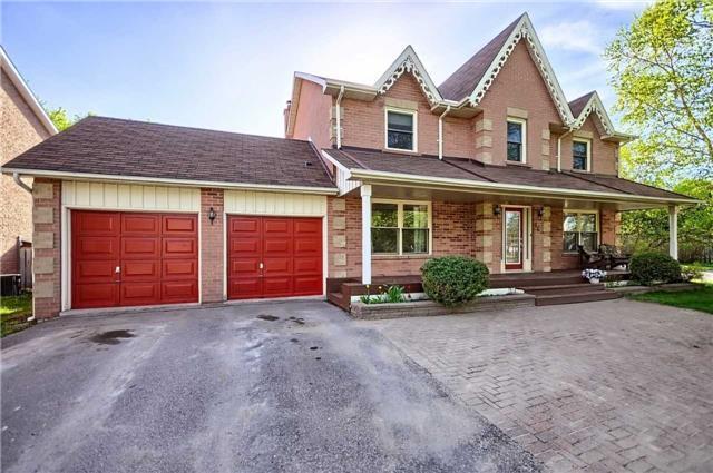46 Quaker Village Dr, Uxbridge, ON L9P 1A2 (#N4135325) :: RE/MAX Prime Properties