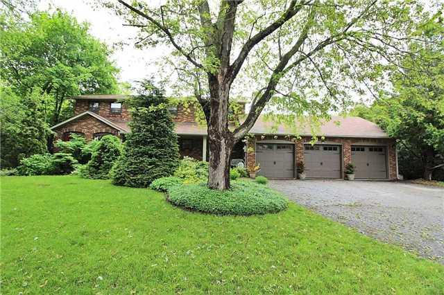5 Elliott St, Whitchurch-Stouffville, ON L4A 7X4 (#N4135818) :: Beg Brothers Real Estate