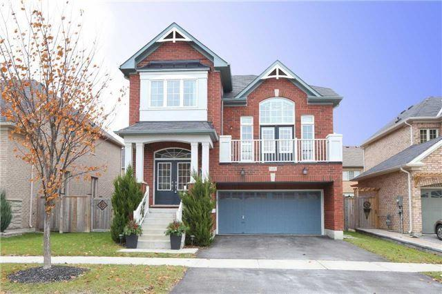 137 Fairlee Circ, Whitchurch-Stouffville, ON L4A 0V3 (#N4135841) :: RE/MAX Prime Properties