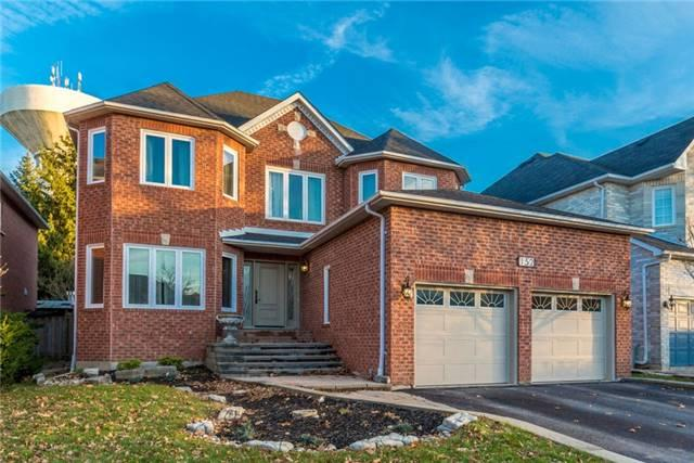 152 Carlyle Cres, Aurora, ON L4G 6P8 (#N4136003) :: Beg Brothers Real Estate