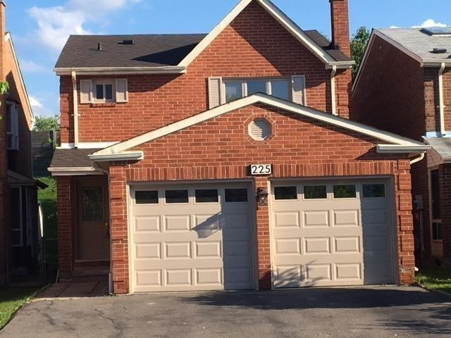 225 Mullen Dr, Vaughan, ON L4J 2V8 (#N4137176) :: Beg Brothers Real Estate