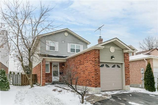 61 Seaton Dr, Aurora, ON L4G 3W9 (#N4138815) :: Beg Brothers Real Estate