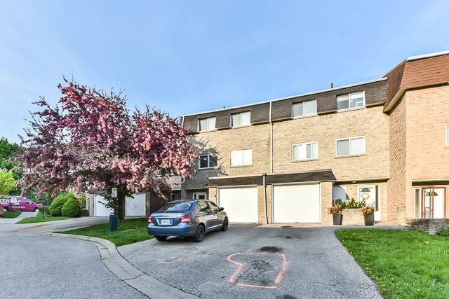 6 Poplar Cres, Aurora, ON L4G 3M4 (#N4139420) :: Beg Brothers Real Estate