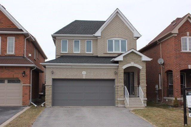 283 Mcbride Cres, Newmarket, ON L3X 2W4 (#N4140769) :: Beg Brothers Real Estate