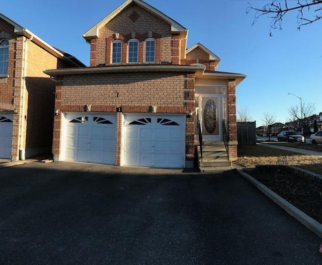 1 Quantum St, Markham, ON L3S 4A6 (#N4140911) :: Beg Brothers Real Estate