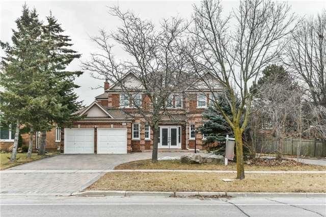 163 Spadina Rd, Richmond Hill, ON L4B 2Z4 (#N4141071) :: Beg Brothers Real Estate