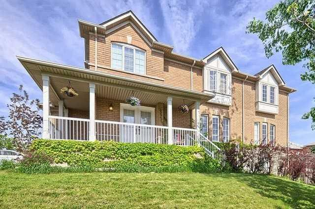 102 Bellagio Crct, Vaughan, ON L4K 5K7 (#N4141155) :: Beg Brothers Real Estate