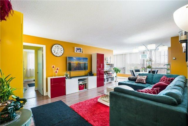 326 Major Mackenzie E Dr #528, Richmond Hill, ON L4C 8T4 (#N4141468) :: Beg Brothers Real Estate