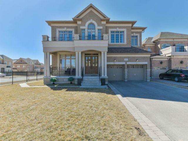 2 Sangria Crt, Vaughan, ON L4H 0W2 (#N4172086) :: Beg Brothers Real Estate