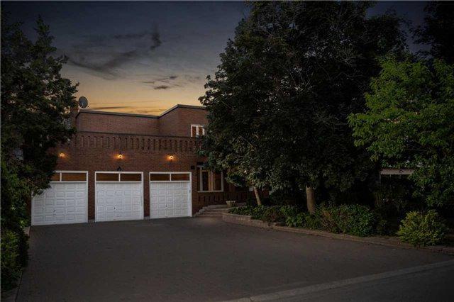 15 Postview Crt, Vaughan, ON L4L 2K1 (#N4193057) :: RE/MAX Prime Properties