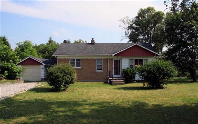 555 W Wellington St, Aurora, ON L4G 6J7 (#N4252475) :: RE/MAX Prime Properties
