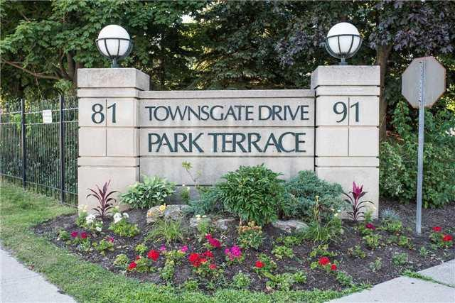 91 Townsgate Dr Ph107, Vaughan, ON L4J 8E8 (#N4252814) :: RE/MAX Prime Properties