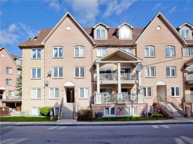 75 E Weldrick Rd #702, Richmond Hill, ON L4C 0H9 (#N4279427) :: Team Nagpal, REMAX Hallmark Realty Ltd. Brokerage