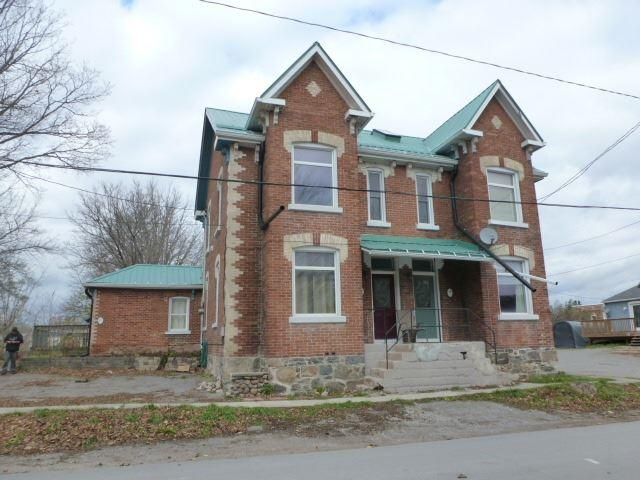 15-17 Munro St, Brock, ON L0E 1E0 (#N4299819) :: Jacky Man | Remax Ultimate Realty Inc.