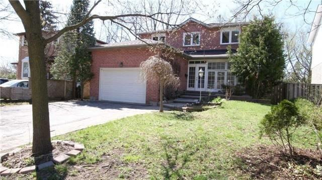 24 Brookland Ave, Aurora, ON L4G 3Y4 (#N4386087) :: Jacky Man | Remax Ultimate Realty Inc.