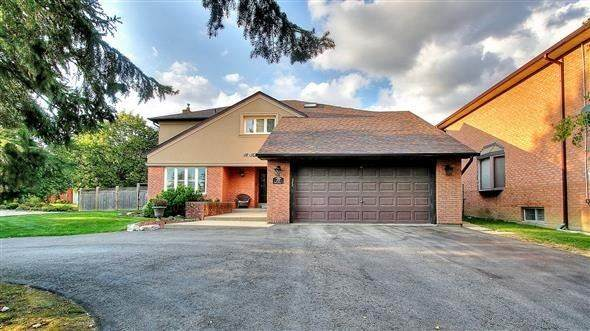 18 Tannery Crt, Richmond Hill, ON L4C 7V4 (#N4771490) :: Haji Ameen