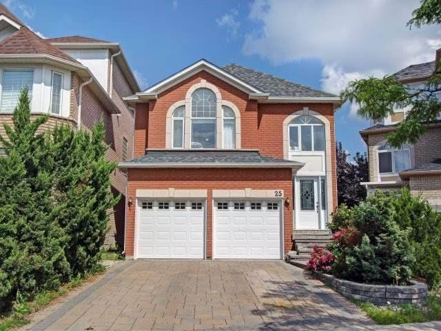 25 Queensway Dr, Richmond Hill, ON L4S 1S1 (#N4899687) :: The Ramos Team