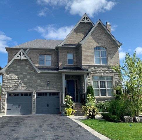 54 Britnell Crt, King, ON L7B 0P2 (#N4918244) :: The Ramos Team