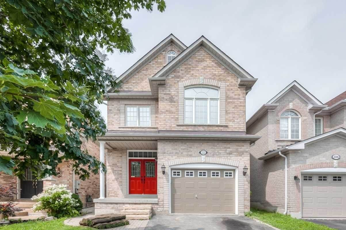 222 Kayla Cres - Photo 1
