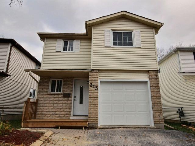 213 Hickling Tr, Barrie, ON L4M 5W6 (#S4125470) :: Beg Brothers Real Estate