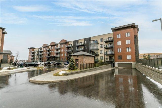 720 Yonge St, Barrie, ON L9J 0G9 (#S4137702) :: Beg Brothers Real Estate