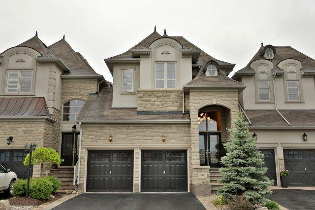 2309 Wuthering Heights Way, Oakville, ON L6M 0E7 (#W3853172) :: Mark Loeffler Team