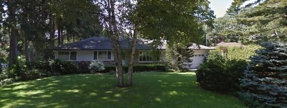 236 Forestwood Dr, Oakville, ON L6J 4E6 (#W3963856) :: Mark Loeffler Team