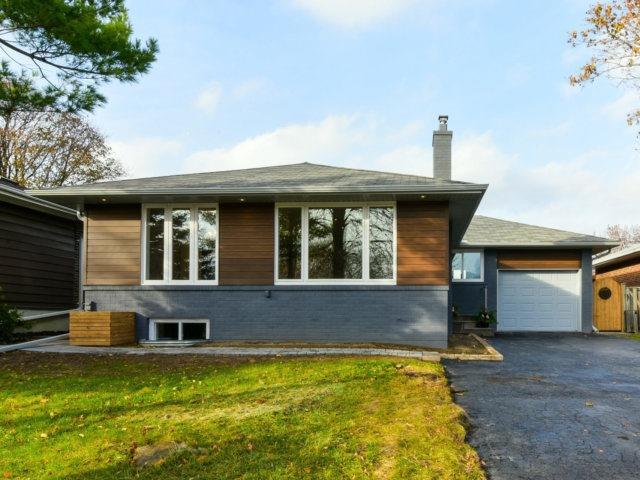 14 Deanecourt Rd, Toronto, ON M9B 3K7 (#W3990191) :: Beg Brothers Real Estate
