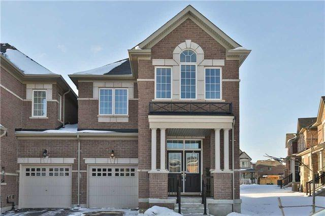 343 Leadwood Gate, Oakville, ON L6M 4M2 (#W4047513) :: Beg Brothers Real Estate