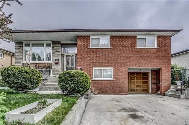 257 Driftwood Ave, Toronto, ON M3N 2N6 (#W4093294) :: Beg Brothers Real Estate
