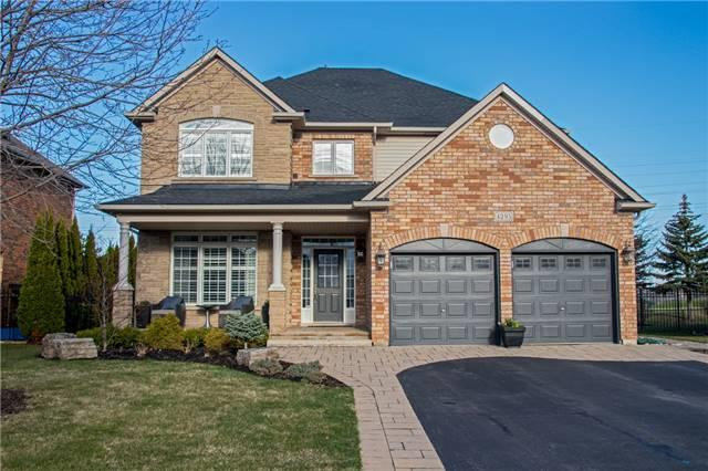 4295 Couples Cres, Burlington, ON L7M 4Y8 (#W4108547) :: Beg Brothers Real Estate