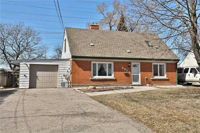 2071 Churchill Ave, Burlington, ON L7R 3T8 (#W4121655) :: Beg Brothers Real Estate
