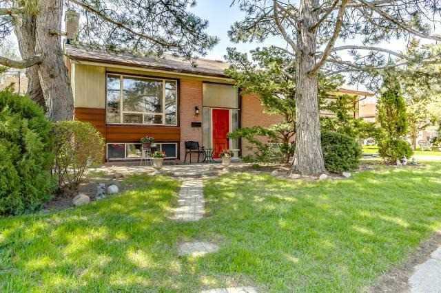 40 Barford Rd, Toronto, ON M9W 4H4 (#W4122368) :: Beg Brothers Real Estate