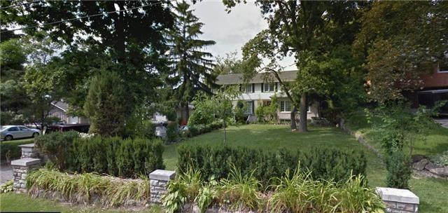 42 Greenbrook Dr, Toronto, ON M6M 2J9 (#W4122715) :: Beg Brothers Real Estate